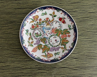 Plate decorative vintage Asian automnals bucolic grounds, China, Adèle CURCY, plate hand painted plate