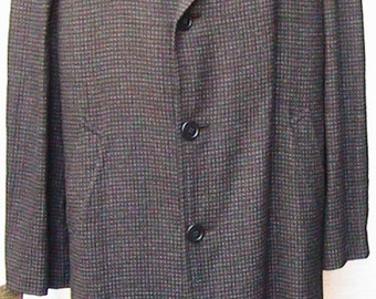 Size 44 60s Overcoat  Charcoal Gray Checkered