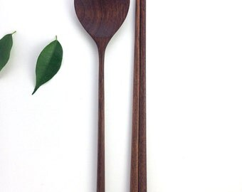 Walnut wooden Asian spoon and chopstick set / Asian spoon / Chopsticks / wood / Gift / Korean