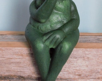 Ceramic Frog - Romeo the Kissing Frog - Cute Frog Yard Art - Patio Decor - Garden Decor - Green Kissing Frog - Frog shelf sitter - cute frog
