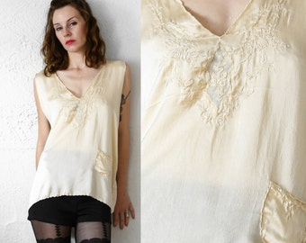 SALE - Antique Silk Tank Top Blouse . 1920s Boudoir