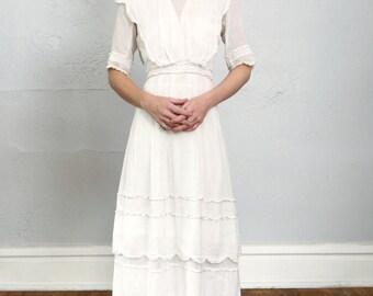 SALE 1900s Antique Cotton Gown