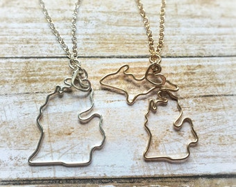 Michigan Necklace - Michigan State Necklace - Michigan Outline Necklace - State Jewelry - Pure Michigan Necklace - Silver or Gold - Gift