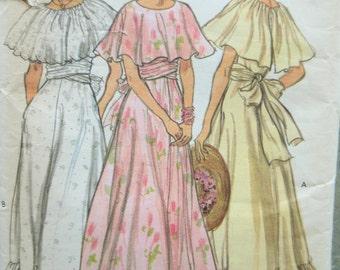 Vintage Vogue 9731 Sewing Pattern, 1970s Dress Pattern, Long Dress Pattern, Boho Dress, Bust 31.5, 1970s Sewing Pattern, Bridesmaid Dress