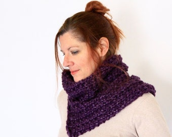 Purple cowl, chunky cowl, chunky knit snood, purple snood, purple neckwarmer, handknit cowl, winter fashion, Doris, ready to ship
