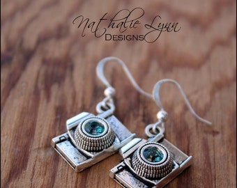 Camera Earrings, Photography Jewelry, Camera Jewelry, Photographer Earrings, Dangle Earrings,