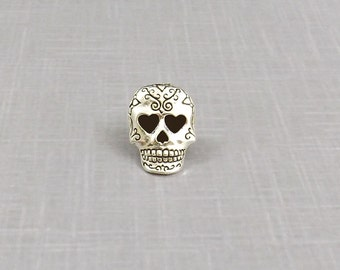 Skull Pin, Skull Lapel Pin, Sugar Skull Pin, Skull Tie Tack, Skull Jewelry, Day of the Dead, Skull Badge Punk Pin Death Pin Backpack Pin
