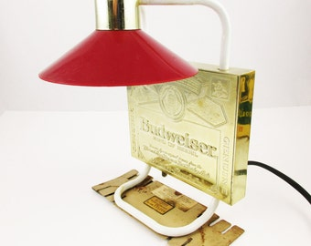 Bar Light - Retro 'Budweiser' Beer Sign - Lamp With Round Red Shade  -Overhanging Lamp Shade - Anheuser-Busch - Bar Lighting