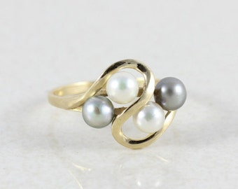 14k Yellow Gold Pearl Ring Size 6 3/4 White and Black Pearl Ring