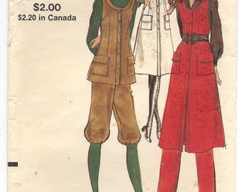 1970s Vogue Pattern #8114, Jumper, Tunic, Pants and Knickers, Sewing Pattern, Size 12, Bust 34