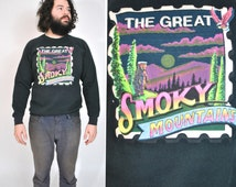 80s SMOKY MOUNTAINS Sweatshirt Men's Large Vintage 1980s Graphic Forest Bear Print Pullover Crew Neck Sweater Black Cotton Long Sleeve Shirt