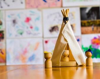 Little teepee, wooden teepee by l'Atelier Cheval de Bois