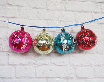 Four Hand Painted Czech Glass Ornaments / Multi Color Glass Christmas Balls / Crosshatch and Polka Dot Design
