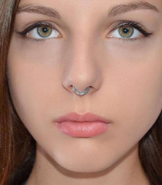 septum ring silver septum piercing small nose ring. Black Bedroom Furniture Sets. Home Design Ideas