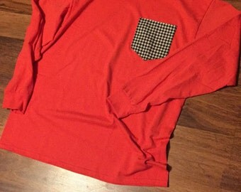 Long sleeve Houndstooth pocket tshirt! Size Large. Ready to ship!