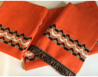 Vintage Mid Century Curtains, 1 PAIR Of Retro Orange Cafe Curtains , Only 1 Valance Curtain.
