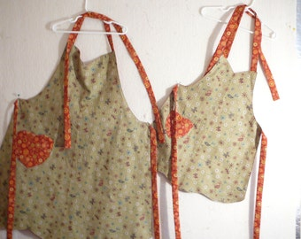 Mommy and Me reversible aprons