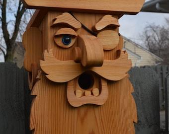 Large Cedar Pirate Birdhouse / Cedar Birdhouse / Blackbeard Birdhouse / Cedar Bird Feeder / Face birdhouse / Wood Birdhouse / Cedar Bird