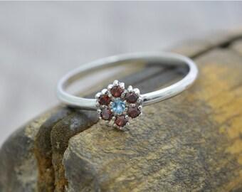 Elegant, timeless silver ring, ring flower