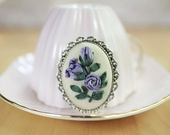 Ribbon Embroidery Brooch Lavender Purple Rose Shabby Chic Vintage Style Oval Antique Silver Pin (B002)