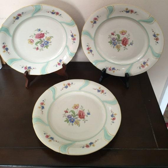 bavaria elfenbein porzellan three vintage floral design dinne. Black Bedroom Furniture Sets. Home Design Ideas