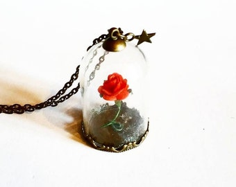 Necklace: The enchanted Rose