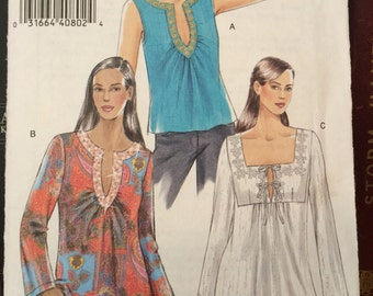 Tunic Blouse with Neck and Sleeve Variations Vogue 8249