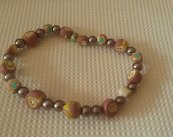 Hand crafted beige Beaded Bracelet