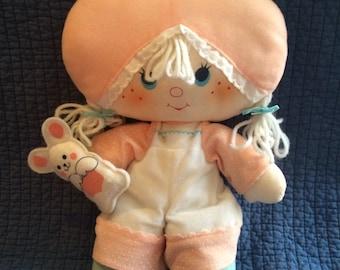 Vintage Apricot Doll/Vintage Stawberry Shortcake Doll