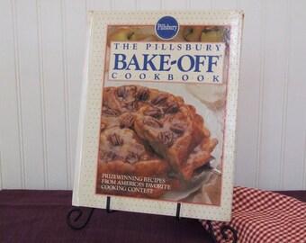 The Pillsbury Bake Off Cookbook, Vintage Cookbook, 1990