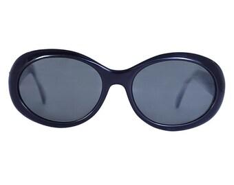 Melanie 90s Deadstock Sunglasses ~ Black, oval/rounded