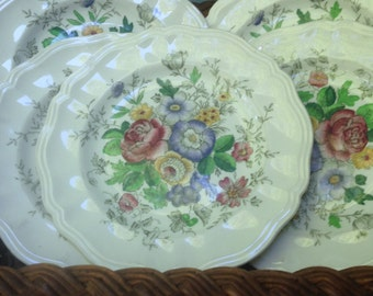 "Vintage Royal Doulton ""Malvern"" D 6197 Bread and Butter Plate"