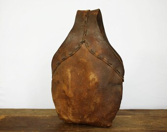 Vintage Leather bag / Vintage Leather Saddle Bag