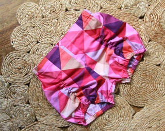 Sz 3 Hot Pink Geo Pucker Shorts