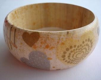 Hearts Bangle,Hearts Bracelet, Pastel Hearts Bangle,Wooden decoupage bracelet,Fashion Bracelet,decoupage bracelet, wooden bracelet