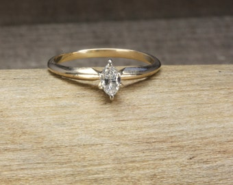 Estate 14K Gold Marquise Solitaire Diamond Engagment Ring 1/4 CT