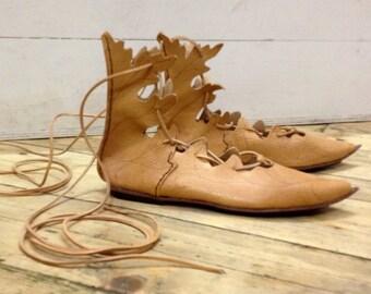 Acanthus shoes