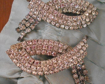 Beautiful Sparkly 1940's-50's Rhinestone Shoe Clips
