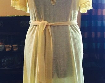1970's Plus Size Yellow Dress