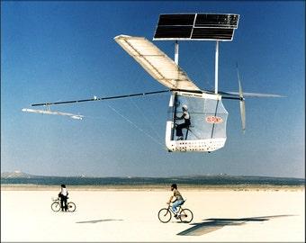 24x36 Poster . Gossamer Pinguin Solar Plane 1979