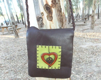 Leather bag with wooden detail