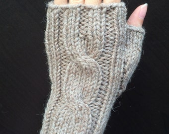 One Cable Fingerless Gloves/Hand Warmers/Manicure Gloves (Camel Mix)