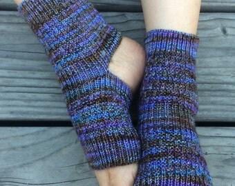 Hand Knit Yoga Socks (Spectrum)