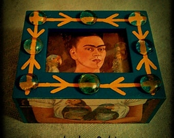 FRIDA KAHLO-Inspired Hand-Painted Paper Decoupage Ring Box by New Orleans Artist L.e. Dubin