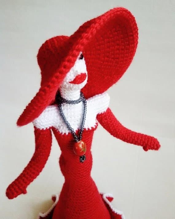 Amigurumi Wire : Crochet Doll Pattern PDF Lady Figurine wire frame Amigurumi