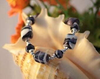 Black and White Stretch Bracelet -  Murano Glass Bracelet  Gift for Her Girl