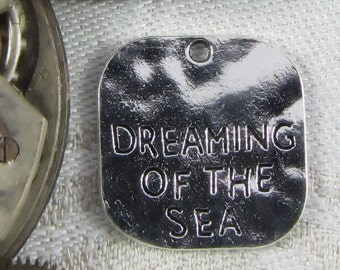 1 (or 8) Dreaming of the Sea Silver Charms, CAU044