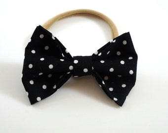 Black Polka Dot Bow. Black and White Bow. Baby Headband. Newborn Headband. Toddler Headband. Polka Dot Headband. Polka Dot Bow.
