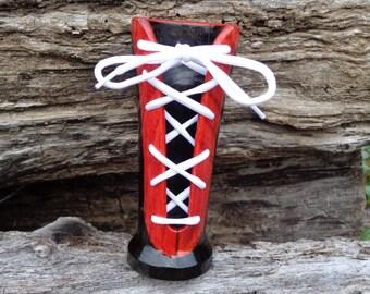 Cherry Shoestring Vase #W0483