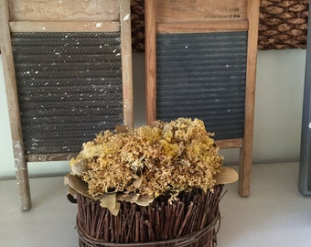 Set of 2 Vintage Metal / Wood Washboards, Weathered washboard, Farmhouse Decor, Antique Decor, Flea Market Finds, Shabby Chic